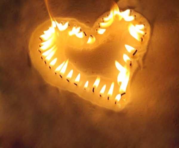 شمع پودری مدل قلب